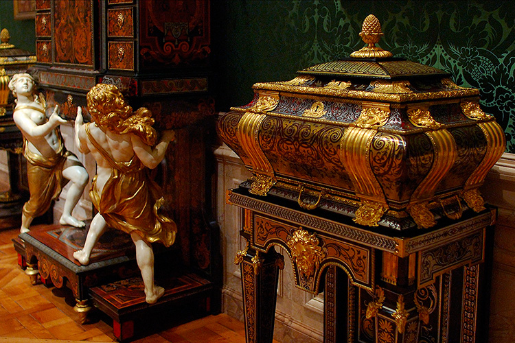 Cabinet_andCoffer_Boulle_3961