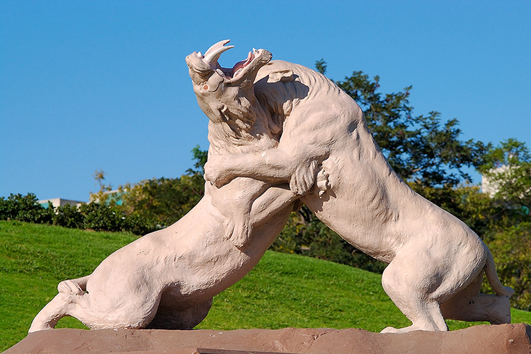 SabertoothFight_PageMuseum_7707