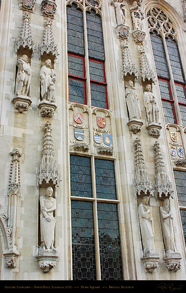 Gothic_Statuary_Town_Hall_2111
