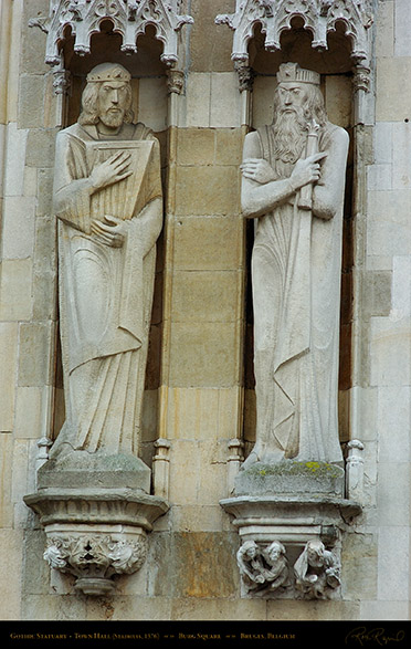 Gothic_Statuary_Town_Hall_2638