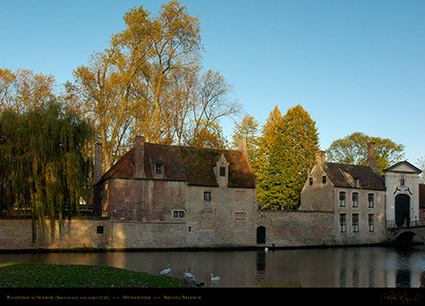 Beguinage_at_Sunrise_2765
