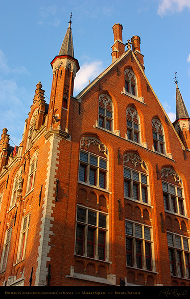 Bruges_Post_Office_at_Sunset_2199