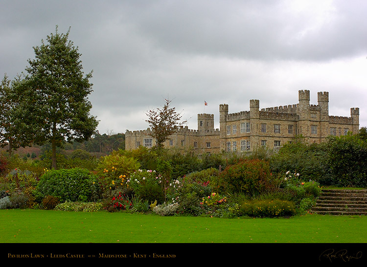 LeedsCastle_PavilionLawn_1618
