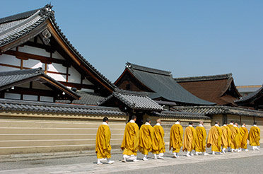 Toji_Monks