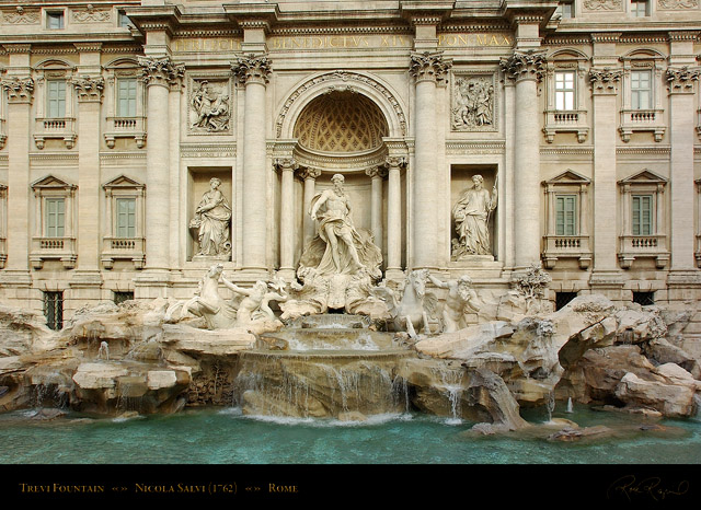 Trevi_Fountain_6417