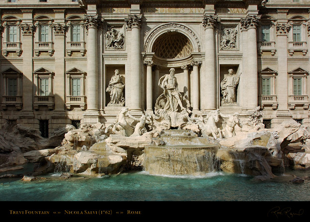 Trevi_Fountain_7485