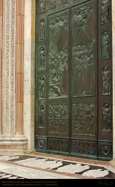 Bronze_Doors_Siena_Cathedral_6204