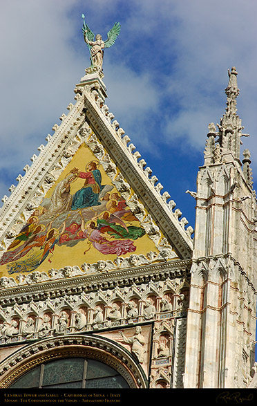 Central_Gable_Siena_Cathedral_6036