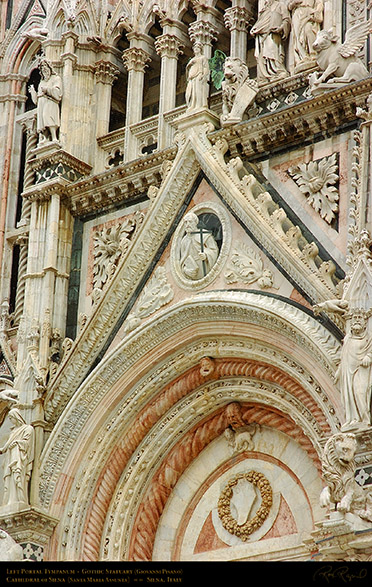 Left_Portal_Tympanum_Siena_Cathedral_6060