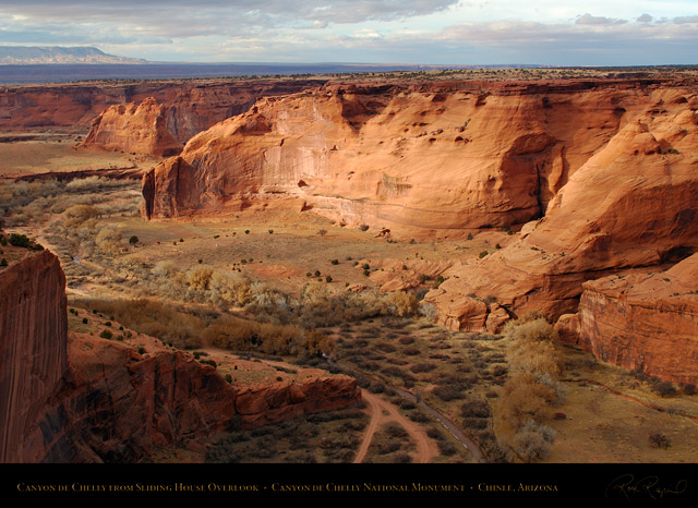 Canyon_de_Chelly_Sliding_House_Overlook_X10037
