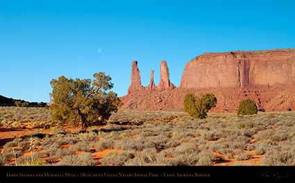 Monument_Valley_3_Sisters_Mitchell_Mesa_X1807