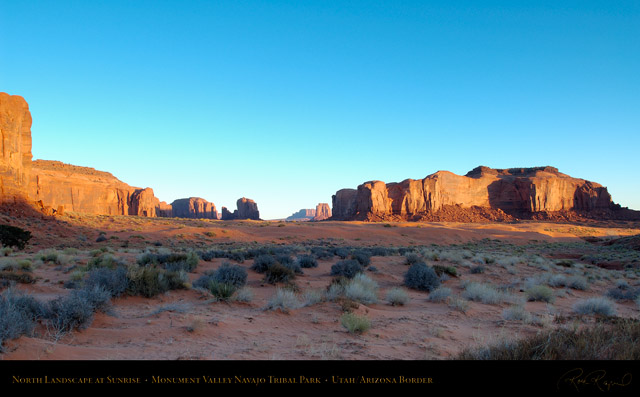 Monument_Valley_North_Landscape_at_Sunrise_X1326