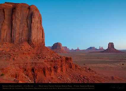 Monument_Valley_Artist's_Point_at_Dawn_X1715