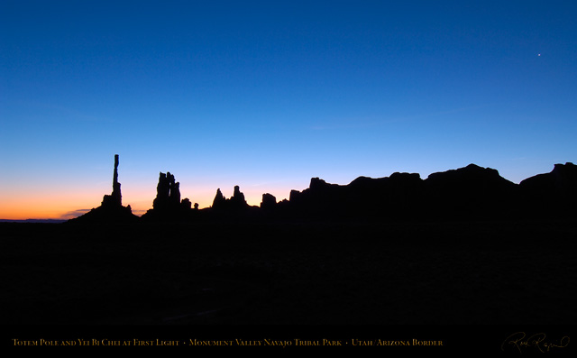 Monument_Valley_Totem_Pole_at_First_Light_X1294