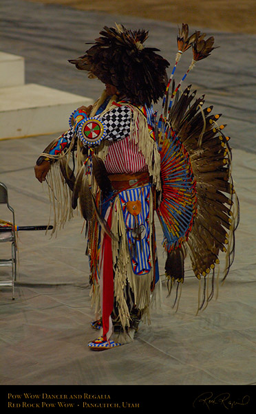 Pow_Wow_Dancer_and_Regalia_X2454