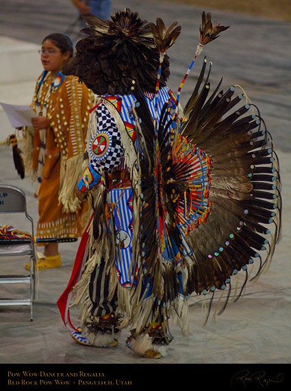 Pow_Wow_Dancer_and_Regalia_X2458