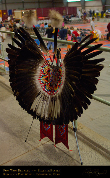 Pow_Wow_Regalia_X2429