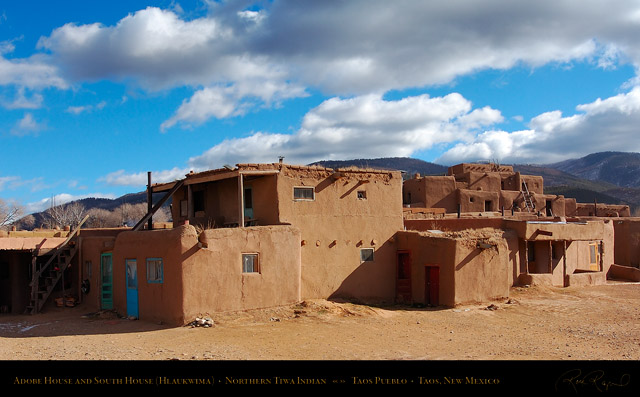 Taos_Pueblo_Adobe_House_and_South_House_HS6564