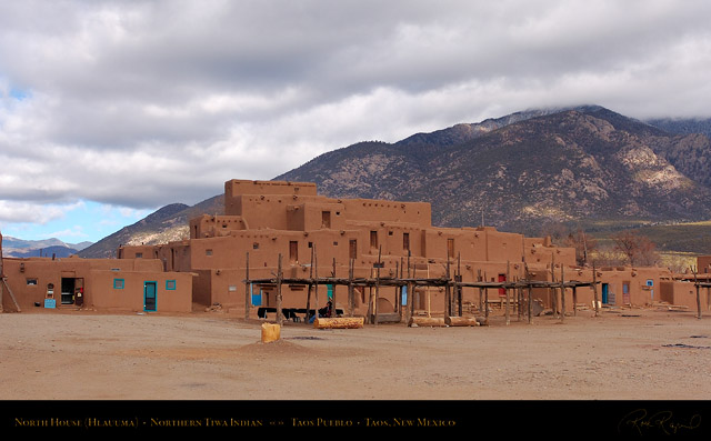 Taos_Pueblo_North_House_HS6509