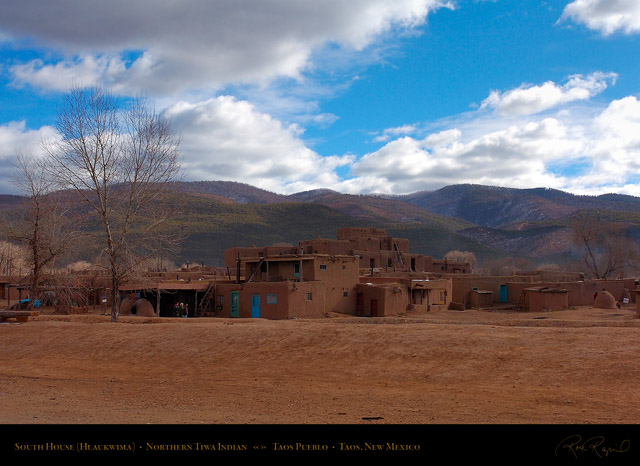 Taos_Pueblo_South_House_HS6510
