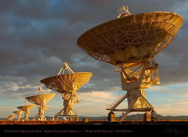 Very_Large_Array_at_Sunrise_7148