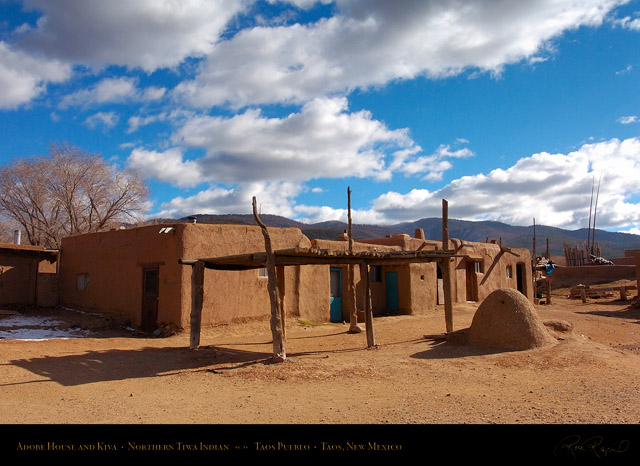 Taos_Pueblo_Adobe_House_and_Kiva_HS6547