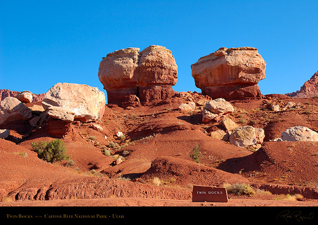 Twin_Rocks_Capitol_Reef_1342