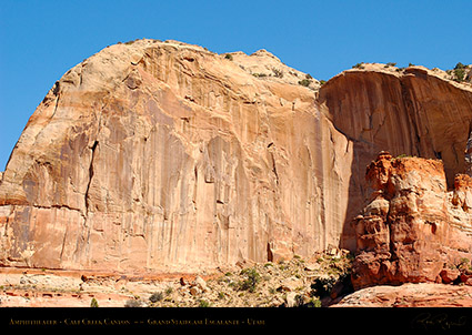 Calf_Creek_Canyon_Amphitheater_0869