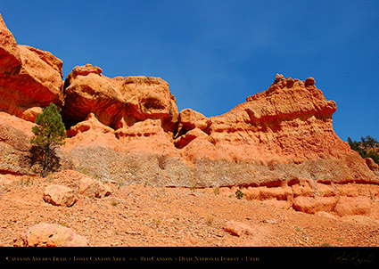 Red_Canyon_Caves_Arches_Trail_0701