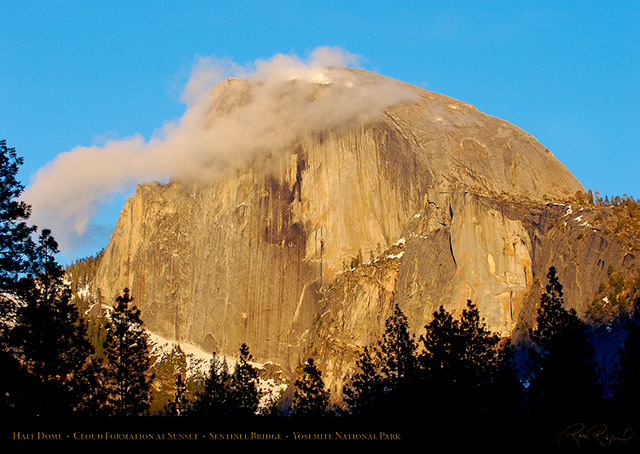 Half_Dome_Sunset_Cloud_2312