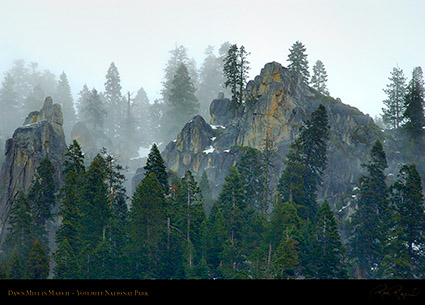 Yosemite_Valley_Dawn_Mist_4668